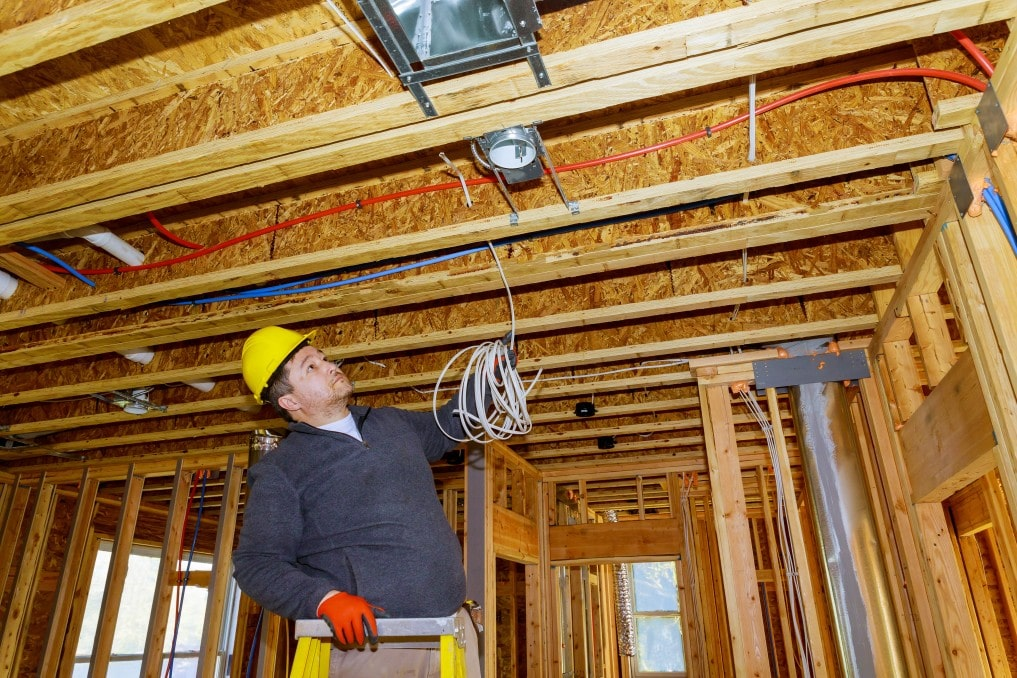 electrician installing 30, 40, 50, 60, 100, 200 amp wire